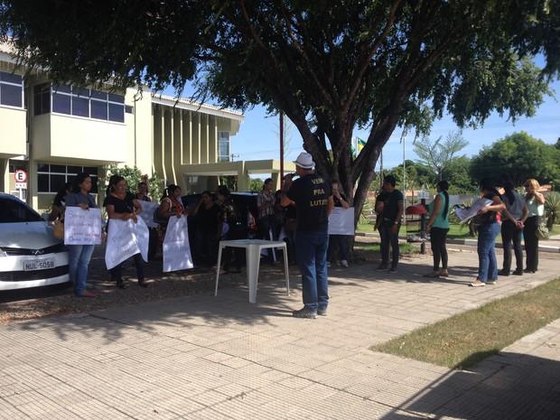 Protesto (Foto: Emily Costa/ G1 RR)