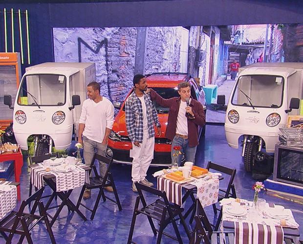 Zé e Bruno ganharam vários equipamentos para o seu negócio (Foto: TV Globo)