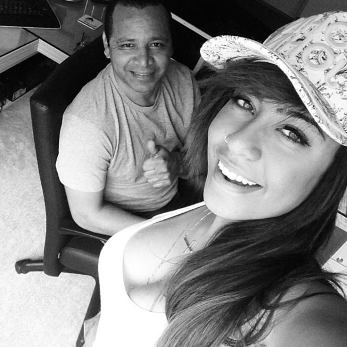 Irmã e pai do Neymar Instagram (Foto: Reprodução / Instagram)