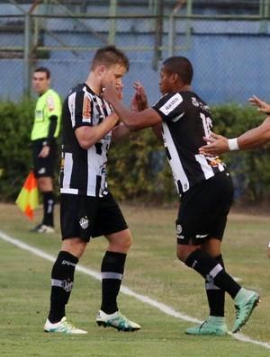 Marcel e Serrato ; Tupi-MG (Foto: Leonardo Costa/tupifc.esp.br)