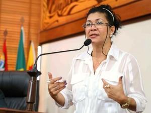 Deputada Eliane Sinhasique (PMDB-AC) na Assembleia Legislativa do Acre (Foto: Agência Aleac)