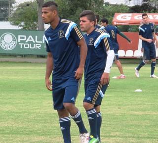 Chico e Gabriel Dias Treino Palmeiras (Foto: Marcelo Hazan)