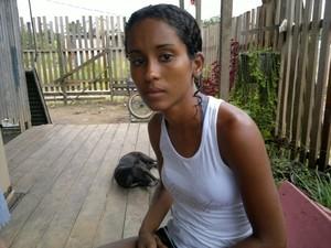 Alessandra diz ter sido agredida e humilhada por moto taxistas (Foto: Yuri Marcel/G1)