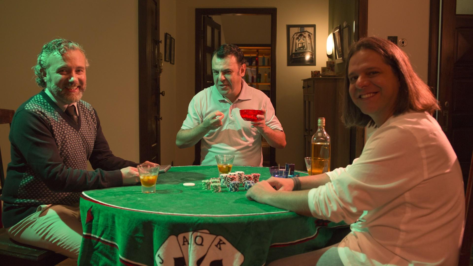 """Da direita para esquerda, os """"Quarentões"""": Walter (Luiz Brambilla), Ricardo (Gerson Delliano) e Ari (Edu Régnier). (Foto: Divulgação/RPC TV )"""