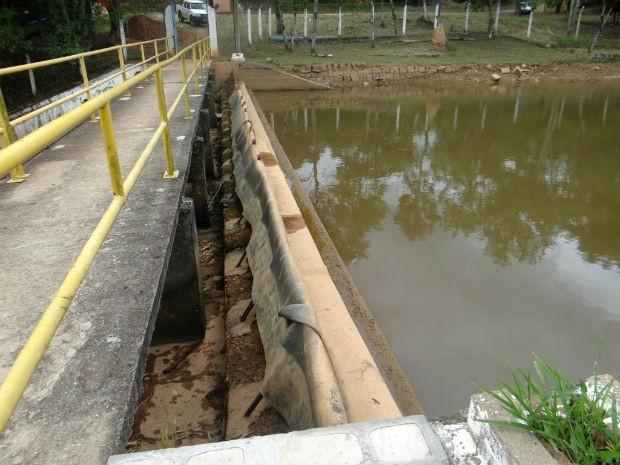 Barragem do Braiaiá apresentava menos de 45% de sua capacidade em março de 2014 (Foto: Divulgação / Águas de Itu)