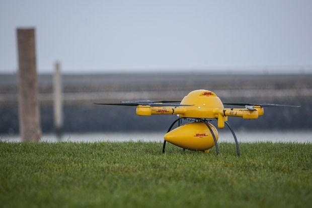 Drone levará entregas pequenas e urgentes e voa usando quatro hélices (Foto: Nikolai Wolff Fotoetage/AP)