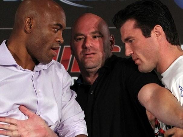 Dana White separa Anderson e Sonnen na encara pós-coletiva do UFC 148 (Foto: Getty Images / Divulgação: Globoesporte.com)