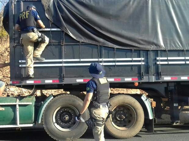 Fiscalização foi reforçada nas rodovias ao Sul do estado (Foto: PRF/Divulgação)