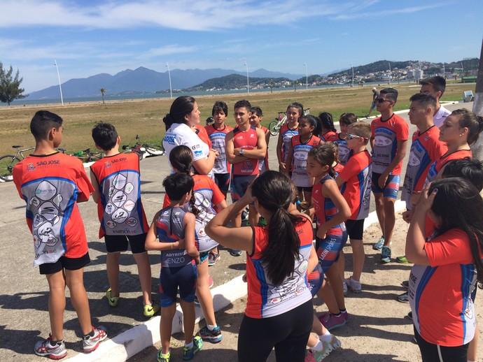 Escolinha de triathlon fica em São José (Foto: RBS TV/Divulgação )
