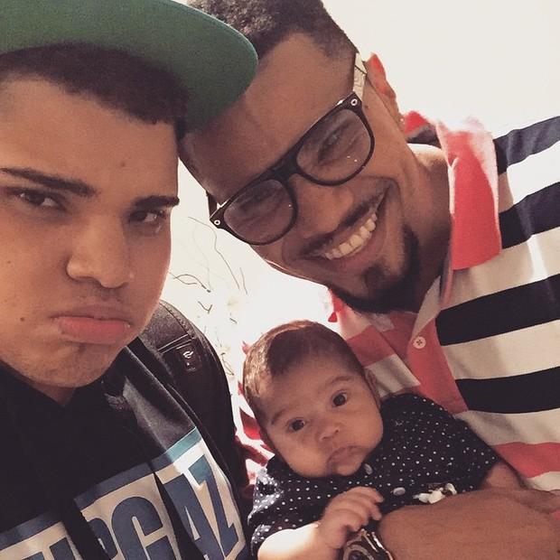 Naldo com filhos Maria Victoria e Pablo (Foto: Instagram/ Reprodução)