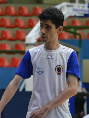 Eder Sousa técnico Mogi Vôlei (Foto: Cairo Barros)