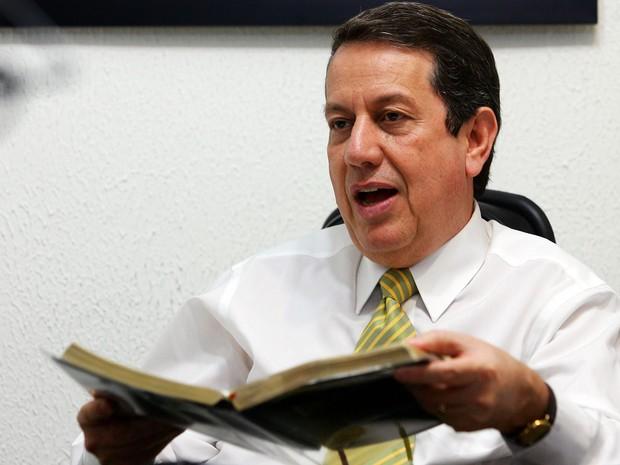 Romildo Ribeiro Soares, conhecido como Missionário R. R. Soares, fundador da Igreja Internacional da Graça de Deus, durante entrevista. (Foto: Jonne Roriz/Estadão Conteúdo)