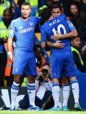 Juan mata hazard ashley cole chelsea gol norwich (Foto: Agência Getty Images)