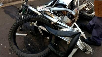 Motociclista morre após bater em lateral de ônibus em Botucatu