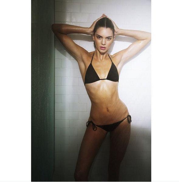 Katie Grand compartilha clique de Kendall Jenner no chuveiro (Foto: Reprodução/ Instagram)