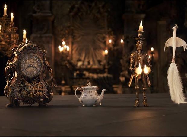 Horloge, Madame Samovar e Lumière (Foto: Divulgação/ Disney)