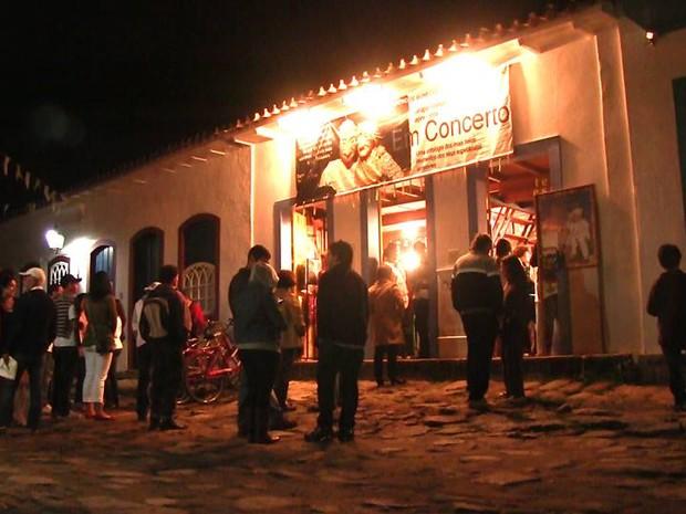 Circuito OFF Flip 2013, evento paralelo à Festa Literária Internacional de Paraty (Flip) (Foto: Divulgação/Facebook OFF Flip)