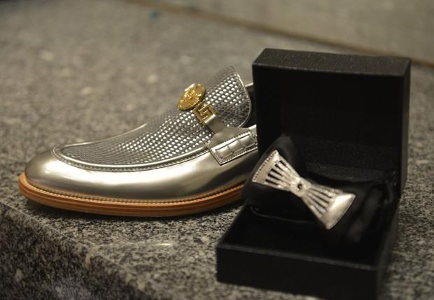 Sapato e gravata de Naldo (Foto: Fábio Cordeiro/AgNews)