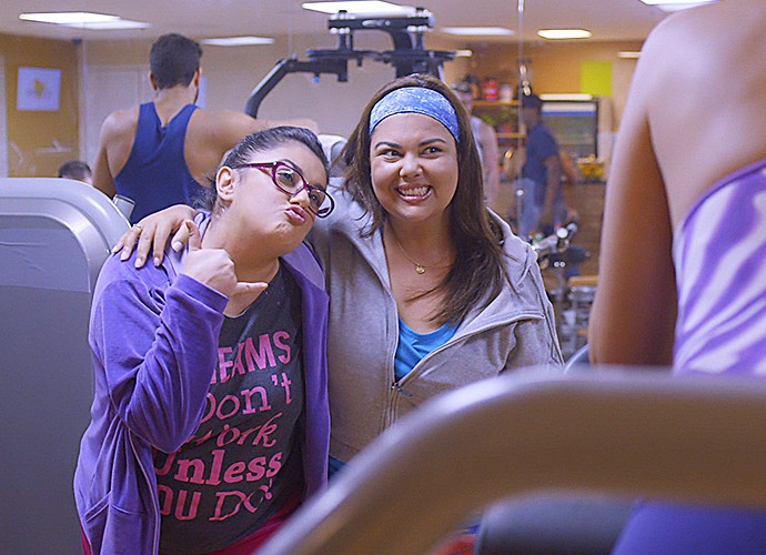 Fabiana Karla interpreta gordinha nada fitness (Foto: TV Globo)