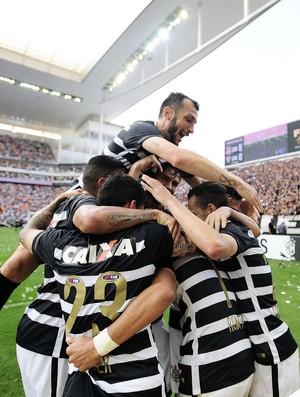 Corinthians x São Paulo comemoração (Foto: Marcos Ribolli)