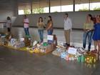 Associação de Cacoal, RO, entrega alimentos arrecadados durante feira