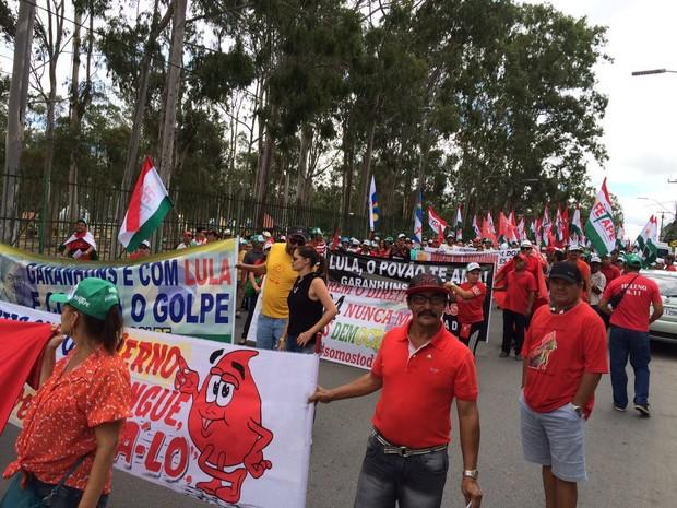 Ato a favor do governo Dilma em Garanhuns, Agreste de Pernambuco (Foto: André Vinícius Ferreira/ TV Asa Branca)