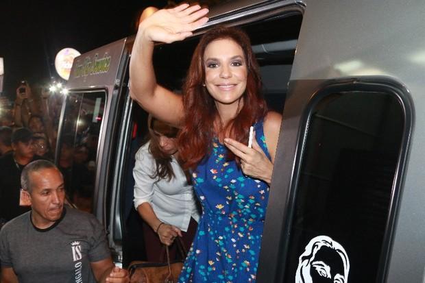 Ivete Sangala chega para Fortal (Foto: Fred Pontes / Divulgação)