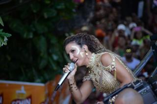 Ivete Sangalo em Salvador (Foto: Marcelo Machado / EGO)
