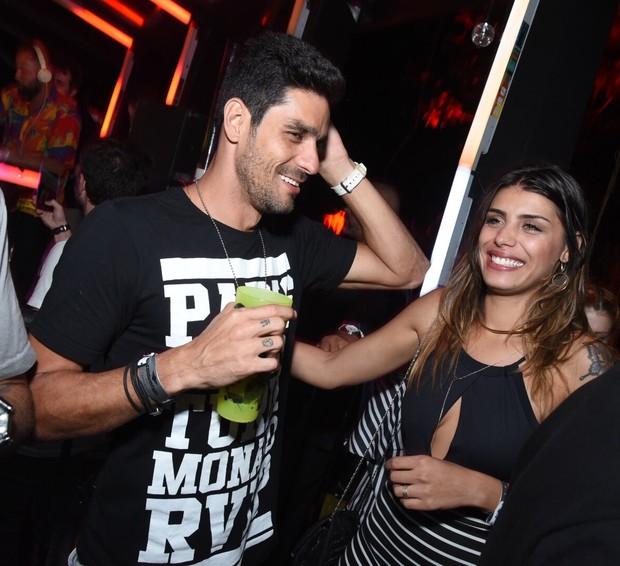 Ex-BBBs Diego e Fran em festa no Rio (Foto: Ari Kaye / Divulgação)