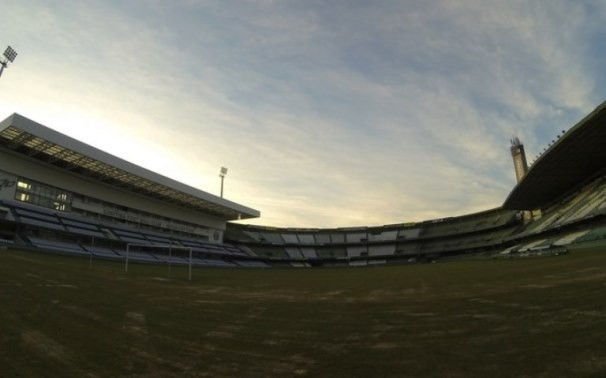 Coritiba recebe Palmeiras no Couto Pereira, em gramado novo (Foto: Divulgação/Coritiba/Reprodução GE)