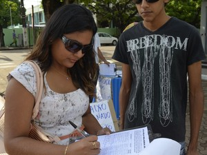 Administradora Lidiane Belo aderiu a abaixo-assinado (Foto: Abinoan Santiago/G1)