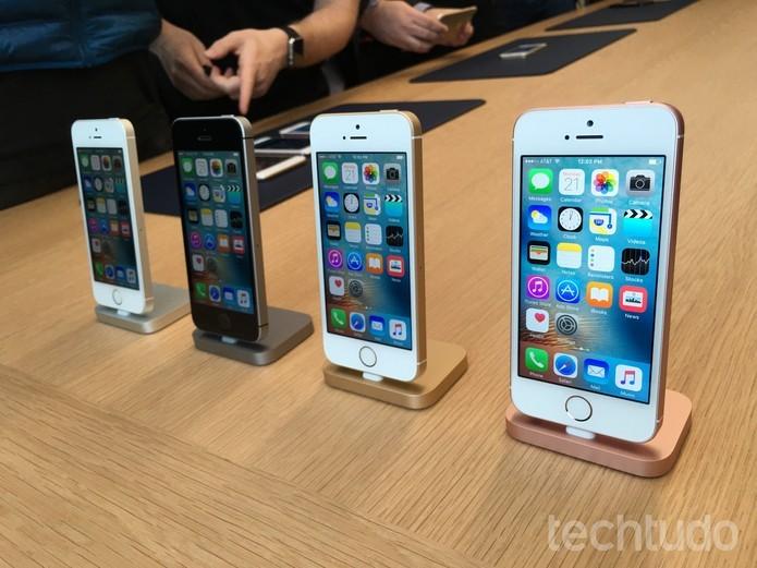 iPhone SE pode ser encontrado nas cores prateado, cinza espacial, dourado e rosa  (Foto: iPhone SE pode ser encontrado nas cores prateado, cinza espacial, dourado e rosa )