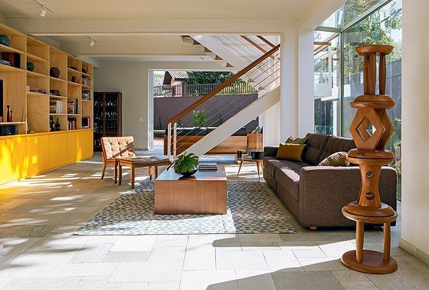 Salotto Con Camino Pietra Viva E Veranda Interior Design : Soggiorno ...