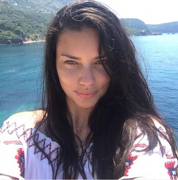 Adriana Lima (Foto: Reprodução/ Instagram)