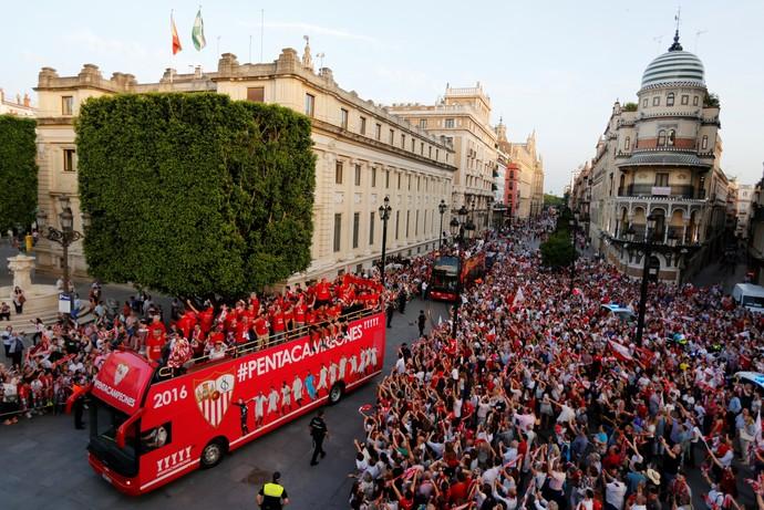 Sevilla Festa Liga Europa (Foto: Reuters)