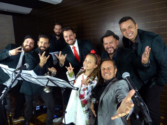 Rafa Gomes fez um som super legal junto com a Big Time Orchestra (Foto: Divulgação/RPC)