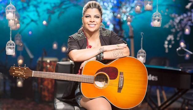 Paula Mattos  a compositora do sucesso 'Que Sorte a Nossa