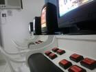 Polícia apreende máquinas de jogos de azar em salão de beleza