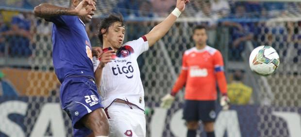Cruzeiro x Cerro Porteño - Dedé (Foto: EFE)