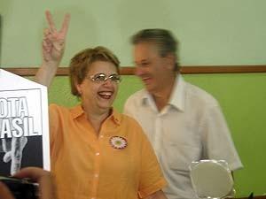 Margarida Salomão votou nesta manhã  (Foto: Roberta Oliveira/G1)