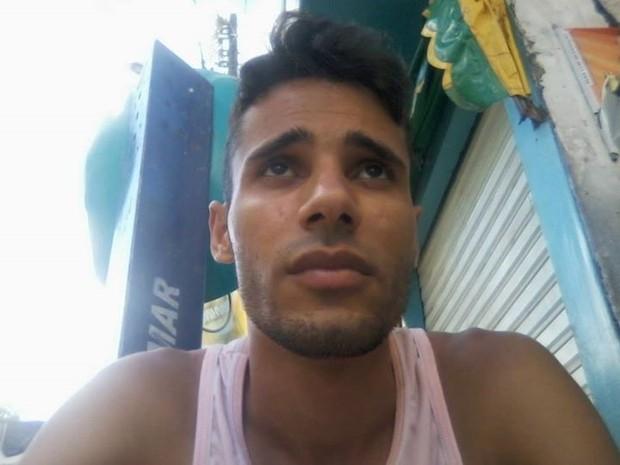 Rapaz foi confundido com estuprador e foi linchadao em Itanhaém, SP (Foto: Reprodução/Facebook)