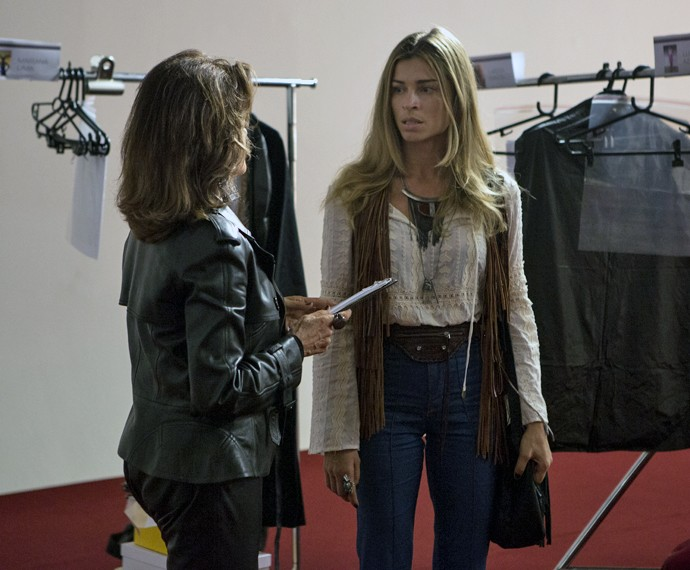 Franjas fazem parte do look de Larissa (Foto: Felipe Monteiro/ Gshow)