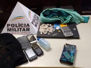 Material apreendido em Luz (Foto: Polícia Militar/ Divulgação)
