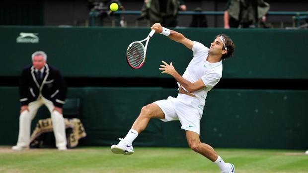 Maria Esther Bueno aposta em Federer no 'Wimbledon mais colorido'