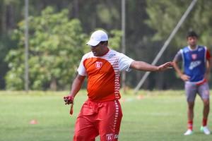 Leston Junior acredita que pênalti poderia mudar placar do Guarani- MG Divinópolis  (Foto: Anderson Rodrigues/Sala de Imprensa)