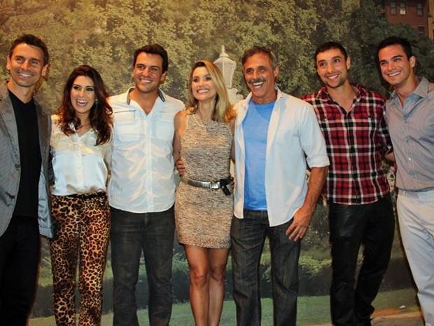 Os atores do núcleo da cavalaria se reuniram na coletiva de imprensa (Foto: TV Globo/TV Globo)