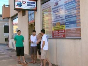 Viagem para Ubatuba foi cancelada nesta sexta-feira em São Carlos (Foto: Rodrigo Sargaço/ EPTV)