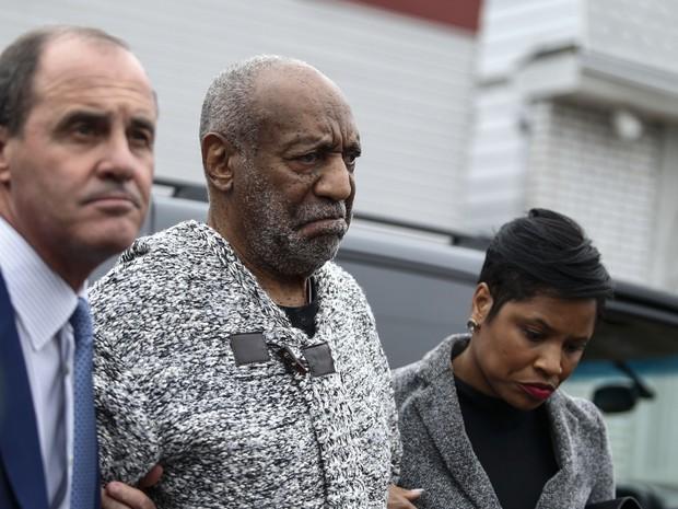 Bill Cosby se apresenta à Justiça americana após mandato de prisão por abuso sexual (Foto: Kena Betancur/AFP Photo)