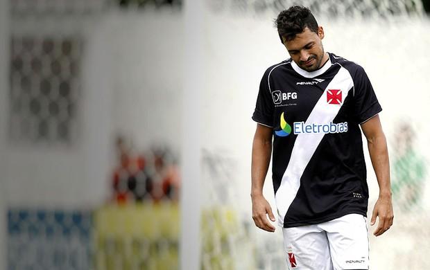 Eder Luis jogo Vasco Olaria (Foto: Bruno Gonzalez / Ag. O Globo)