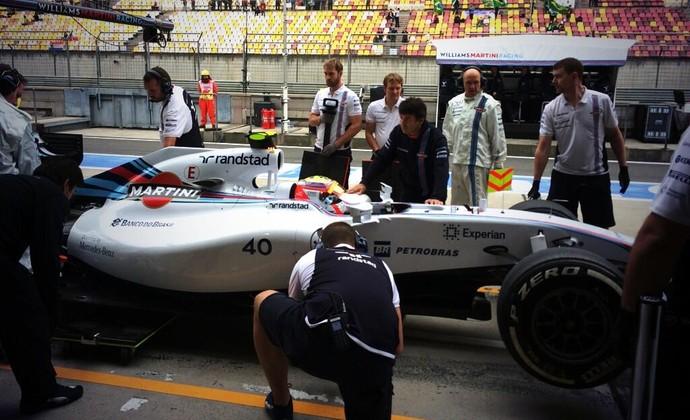 Felipe Nasr com a Williams no primeiro treino livre para o GP da China (Foto: Divulgação)